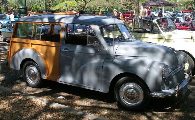 1955MorisMinorWoody-3